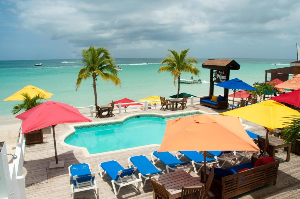 A view of the pool at Negril Palms or nearby