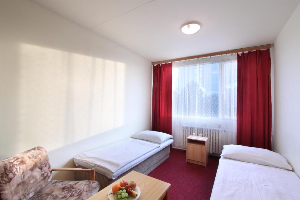 A bed or beds in a room at Easy Star