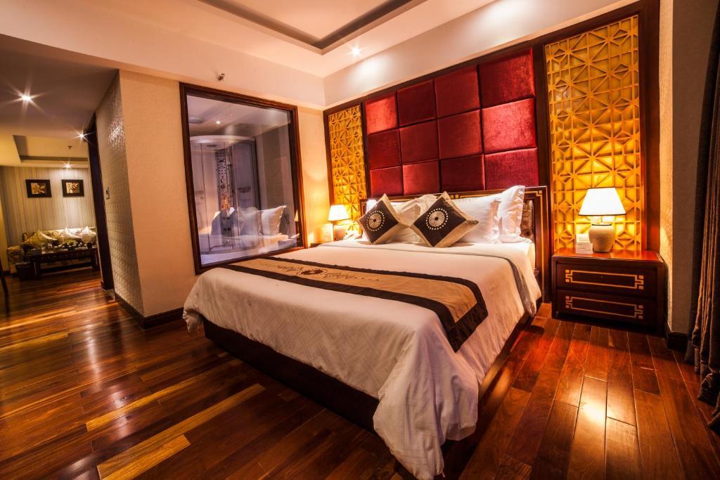 Khách sạn Moonlight