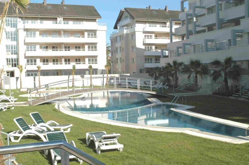 The swimming pool at or near Apartamentos Elegance Denia
