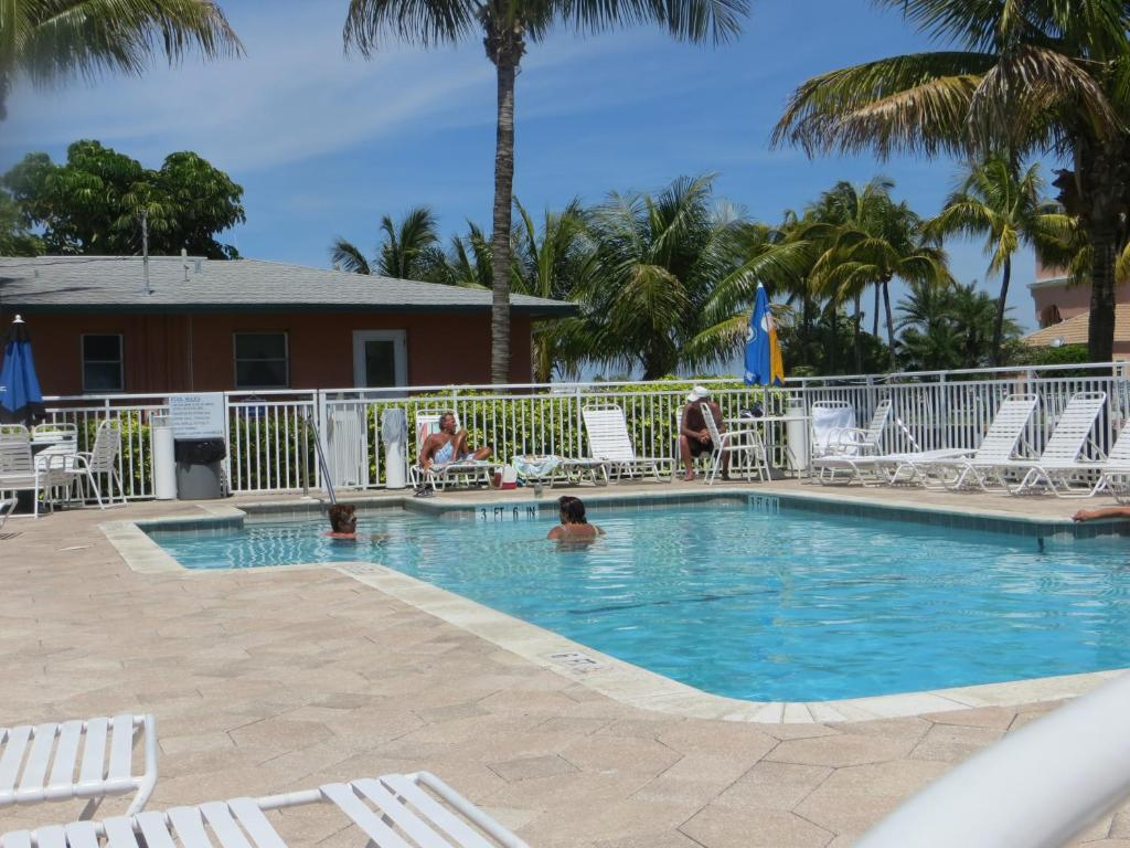 The swimming pool at or close to Matanzas Inn