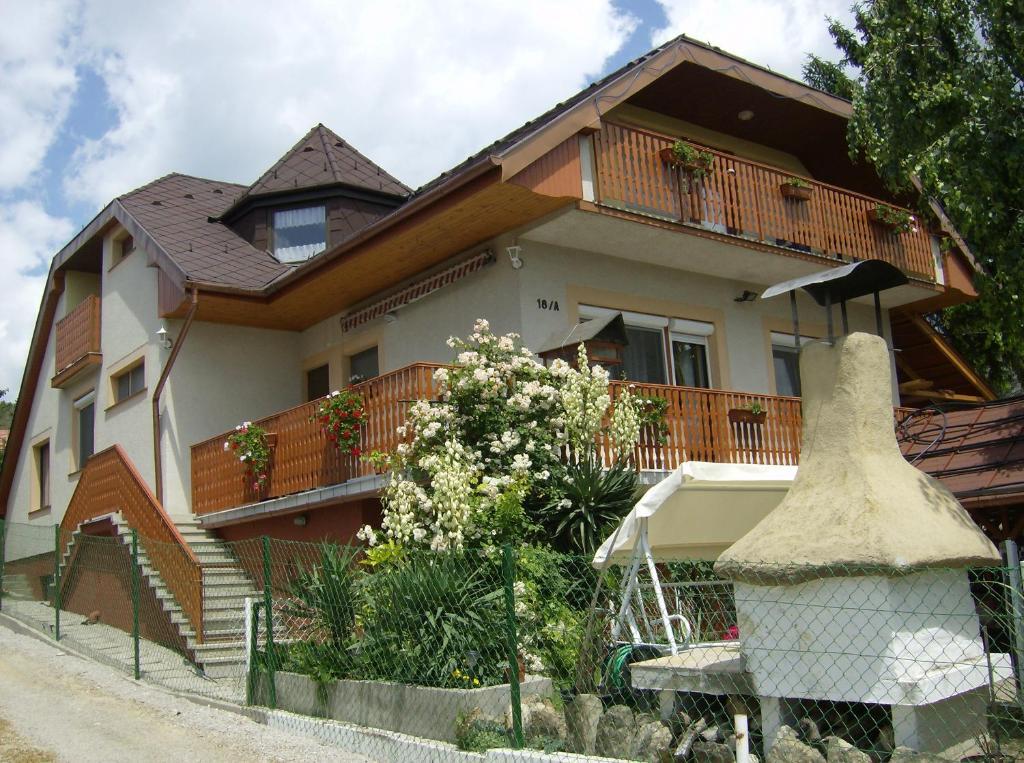 Engelhaus