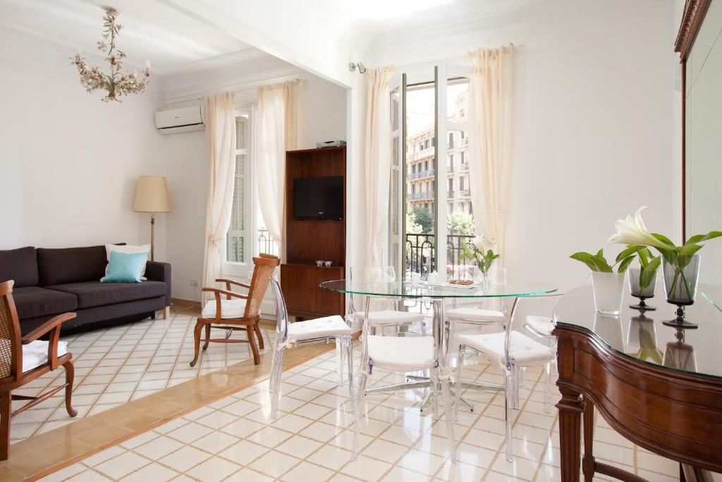 Muntaner Apartment Barcelona