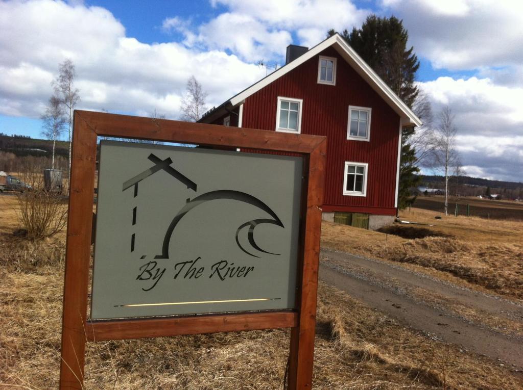 Logotypen eller skylten för vandrarhemmet