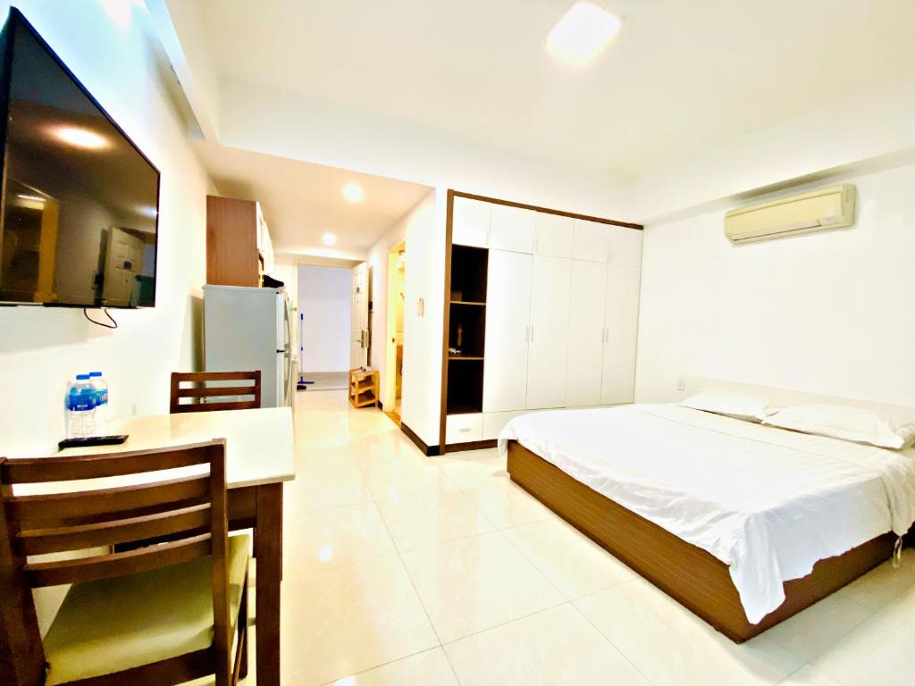 Pearl Service Apartment