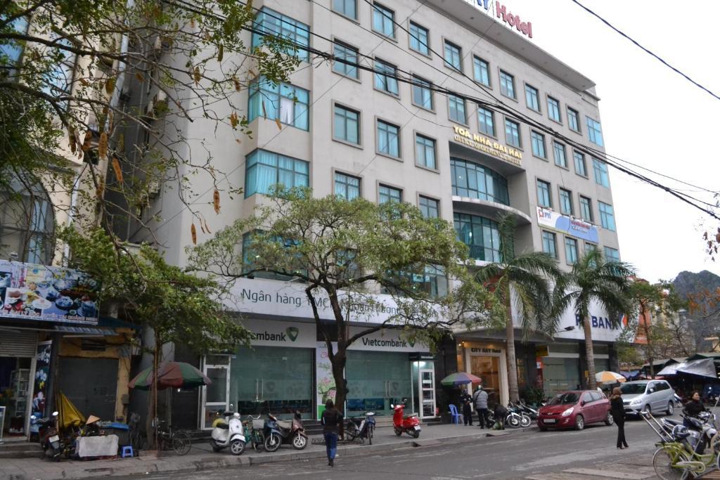 Khách sạn City Bay