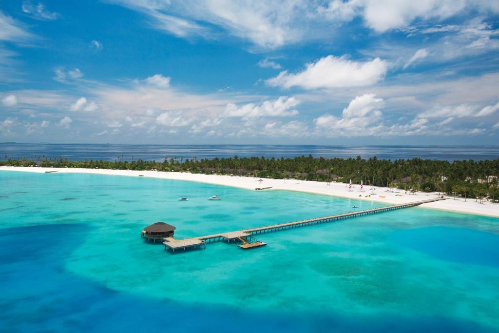 Poolen vid eller i närheten av Atmosphere Kanifushi Maldives – A Premium All-Inclusive Resort