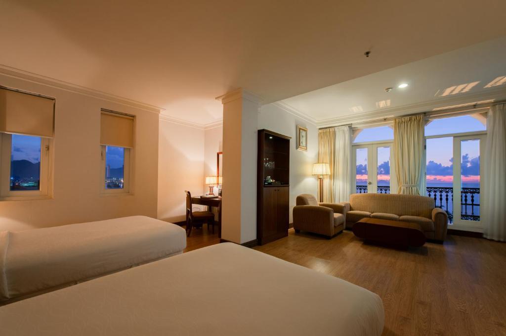 Suite Club 2 Giường Đơn Nhìn Ra Biển