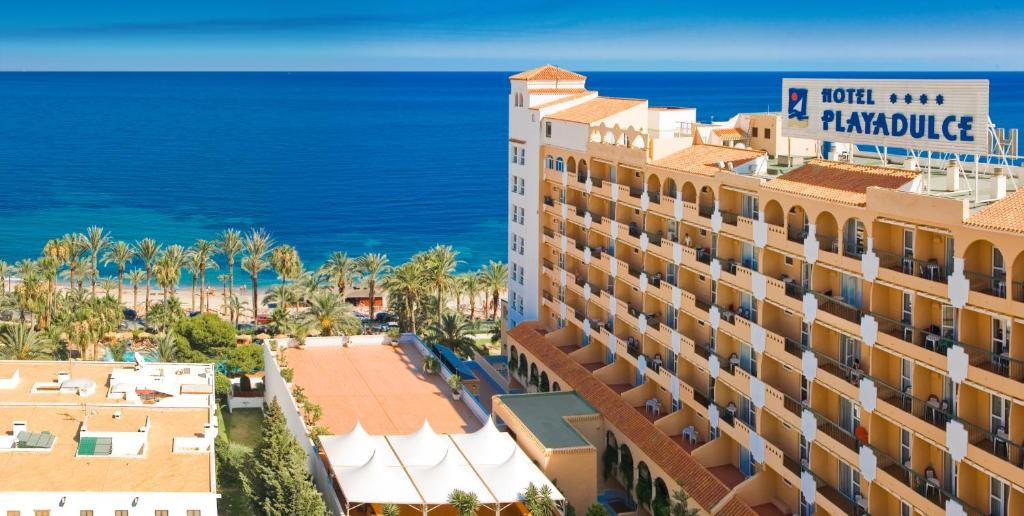 Resultado de imagen de playa dulce hotel