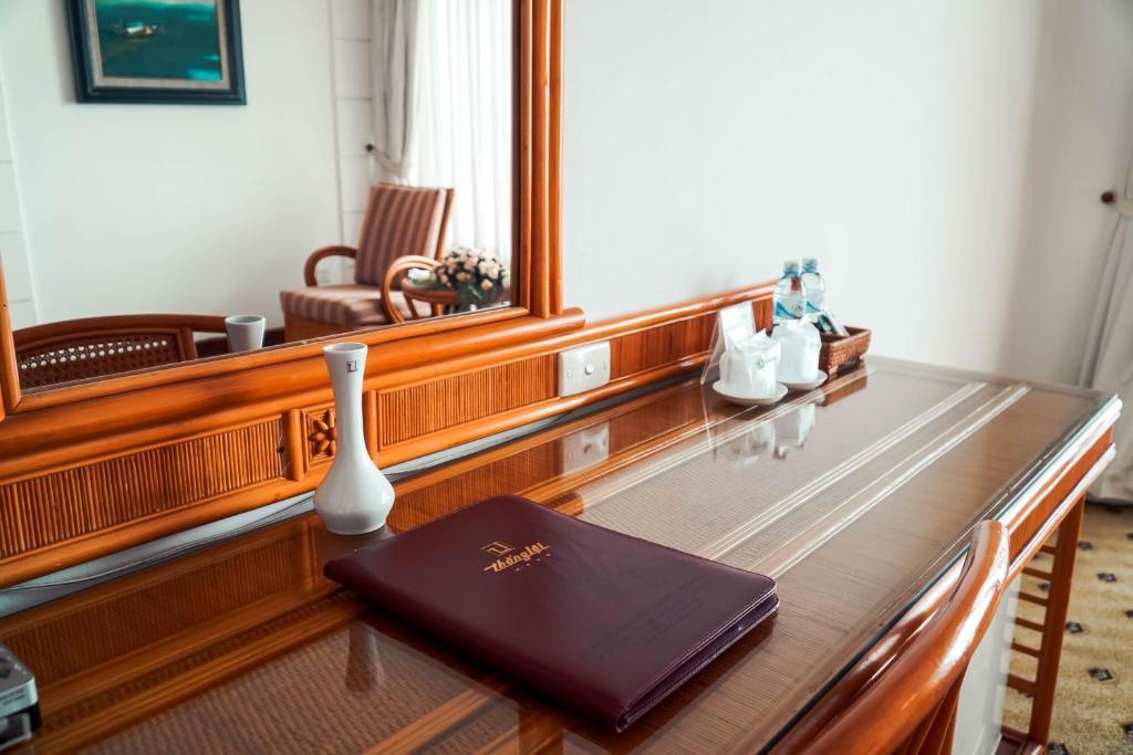 Phòng Superior Đôi hoặc 2 Giường đơn nhìn ra hồ
