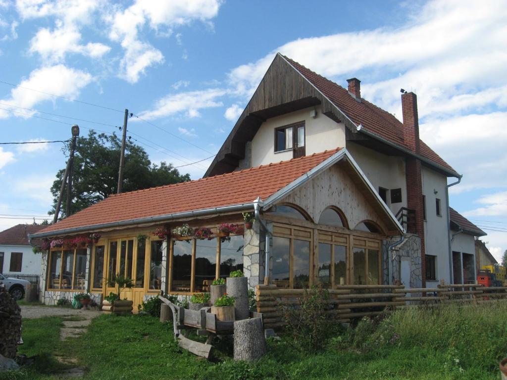 Apartments Šekler