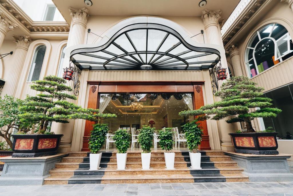 Manh Quan Luxury Hotel
