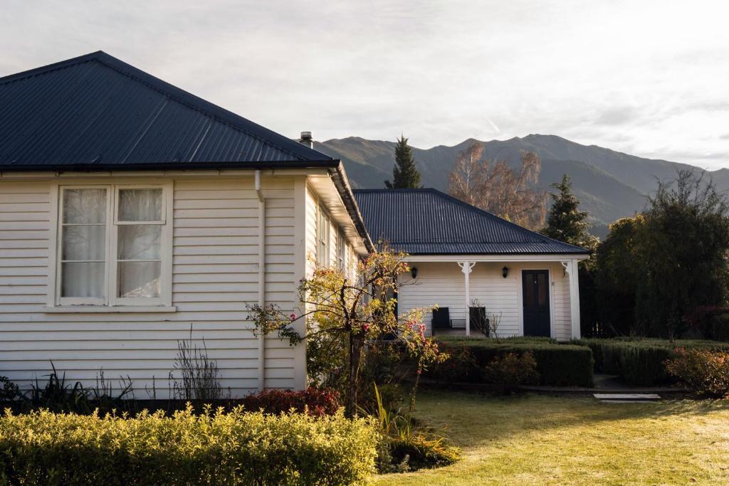 Scarborough Lodge