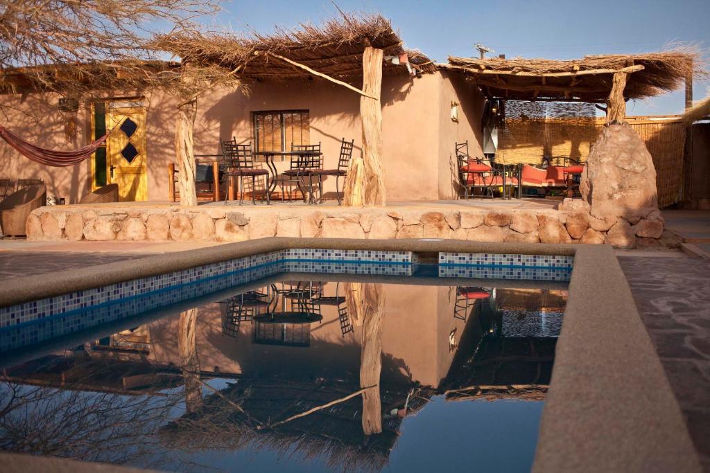 The swimming pool at or near Hostal Lackuntur
