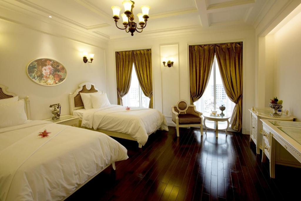 Khách sạn Eldora