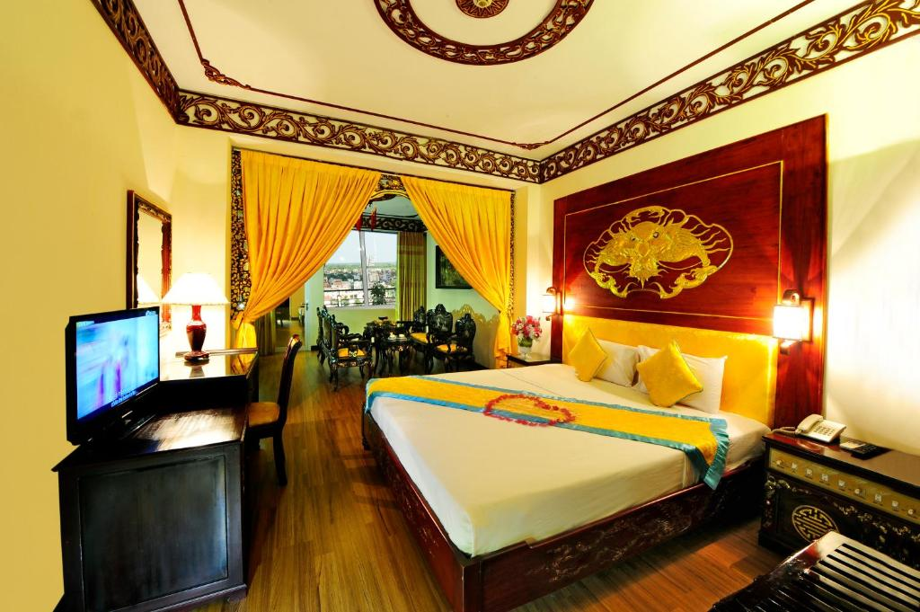 Suite Hạng Hoàng Gia