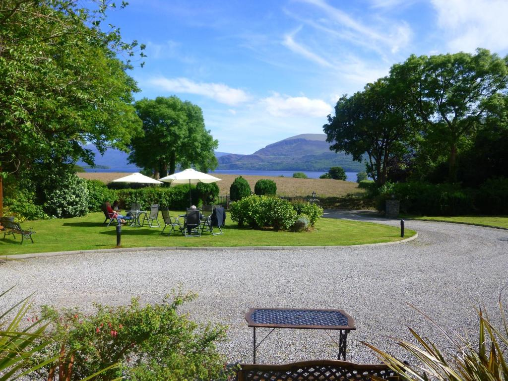 A garden outside Loch Lein Country House