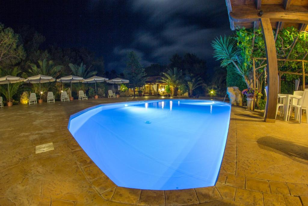 The swimming pool at or near Albergo Residenziale Menhirs