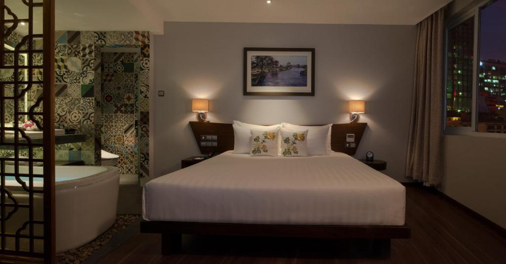 Phòng Deluxe Premier Giường Đôi