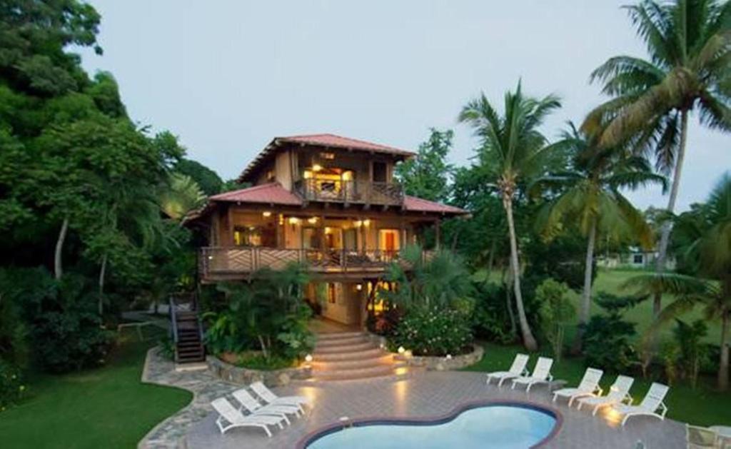 Tres Palmas Inn and Villas, Rincon, Puerto Rico - Booking.com