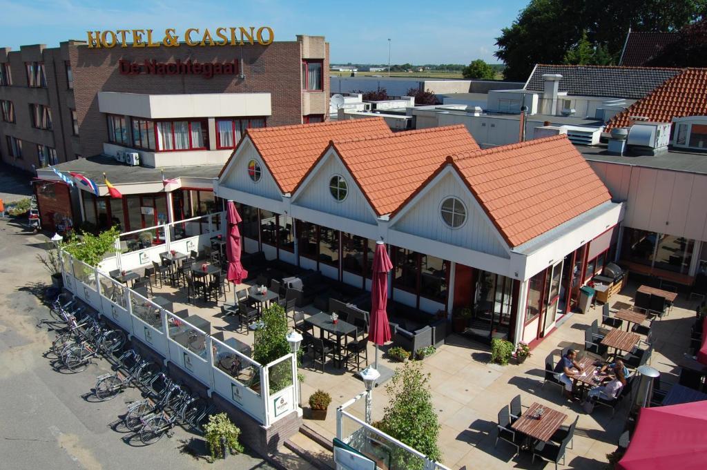 A bird's-eye view of Hotel Restaurant & Casino De Nachtegaal