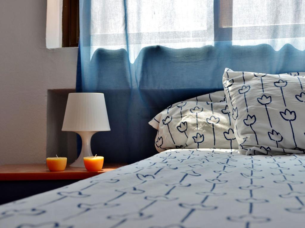 Cama o camas de una habitación en Roomin Hostel