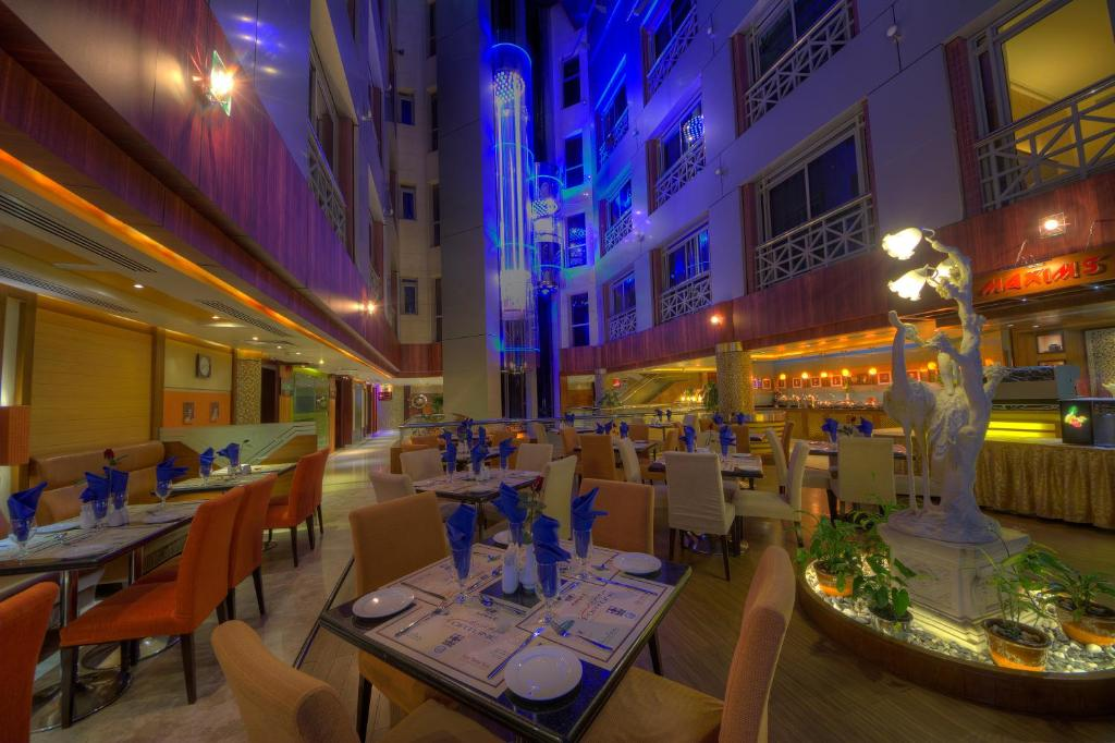 A restaurant or other place to eat at Fortune Grand Hotel