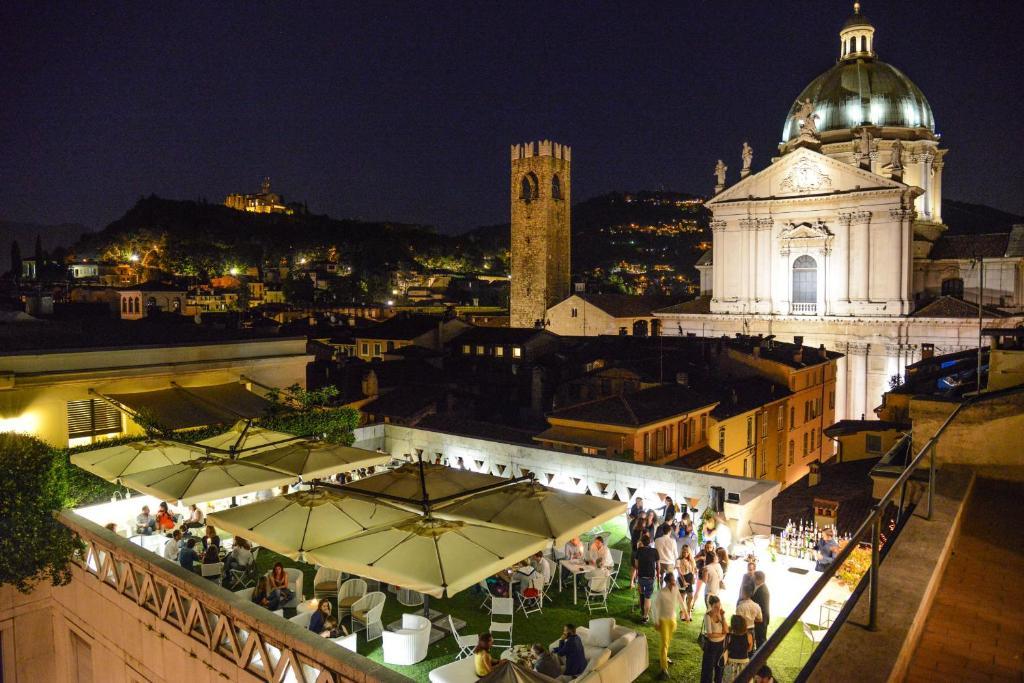 Hotel Vittoria Brescia Italy Booking Com