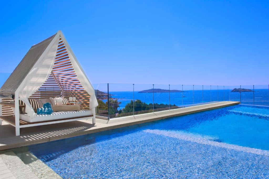 Piscina en o cerca de ME Ibiza - The Leading Hotels of the World