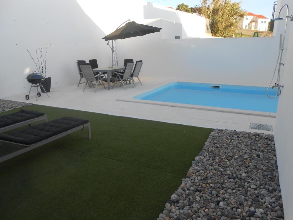 Villa Valcha + Villa Pani