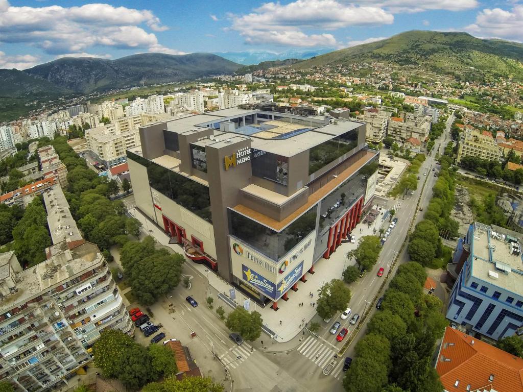 منظر فندق ميباس من الأعلى