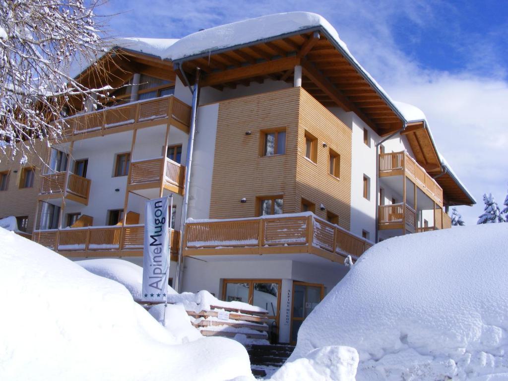 Alpine Mugon Hotel durante l'inverno
