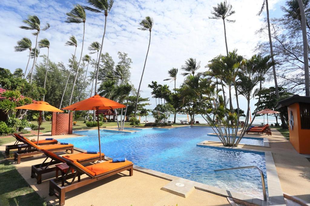 Бассейн в Viva Vacation Resort или поблизости