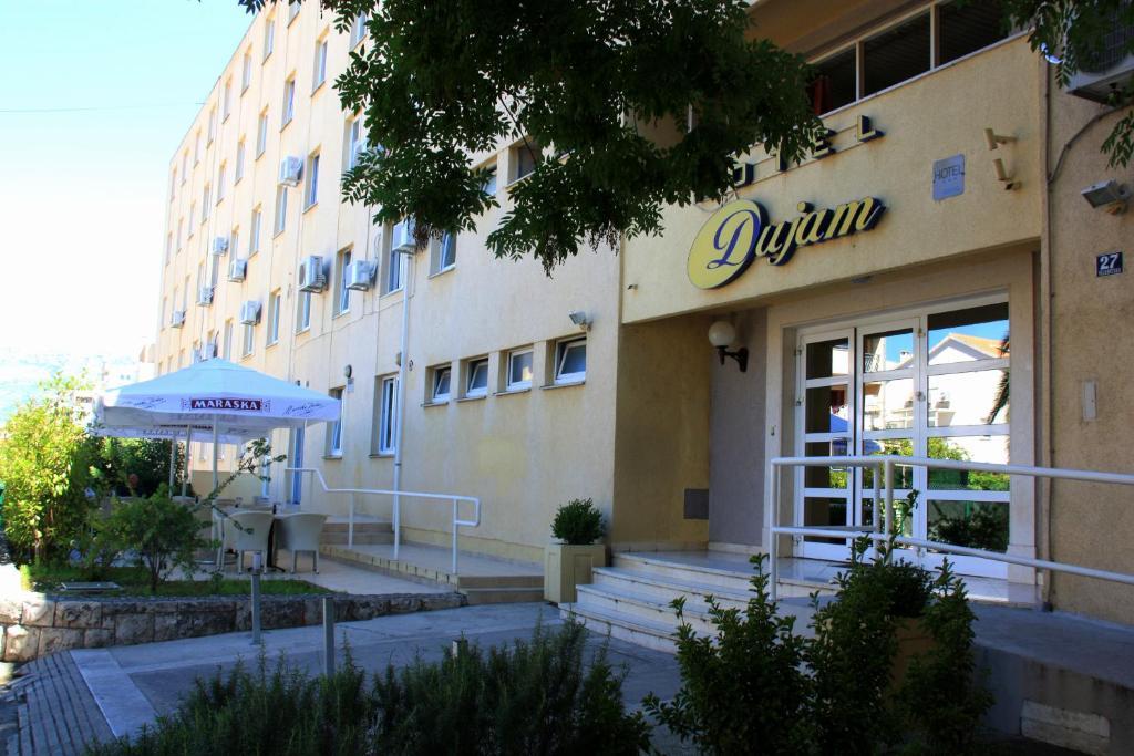 Hotel Dujam