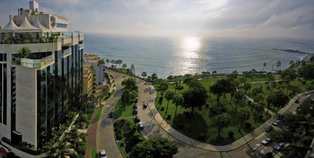 A bird's-eye view of Belmond Miraflores Park