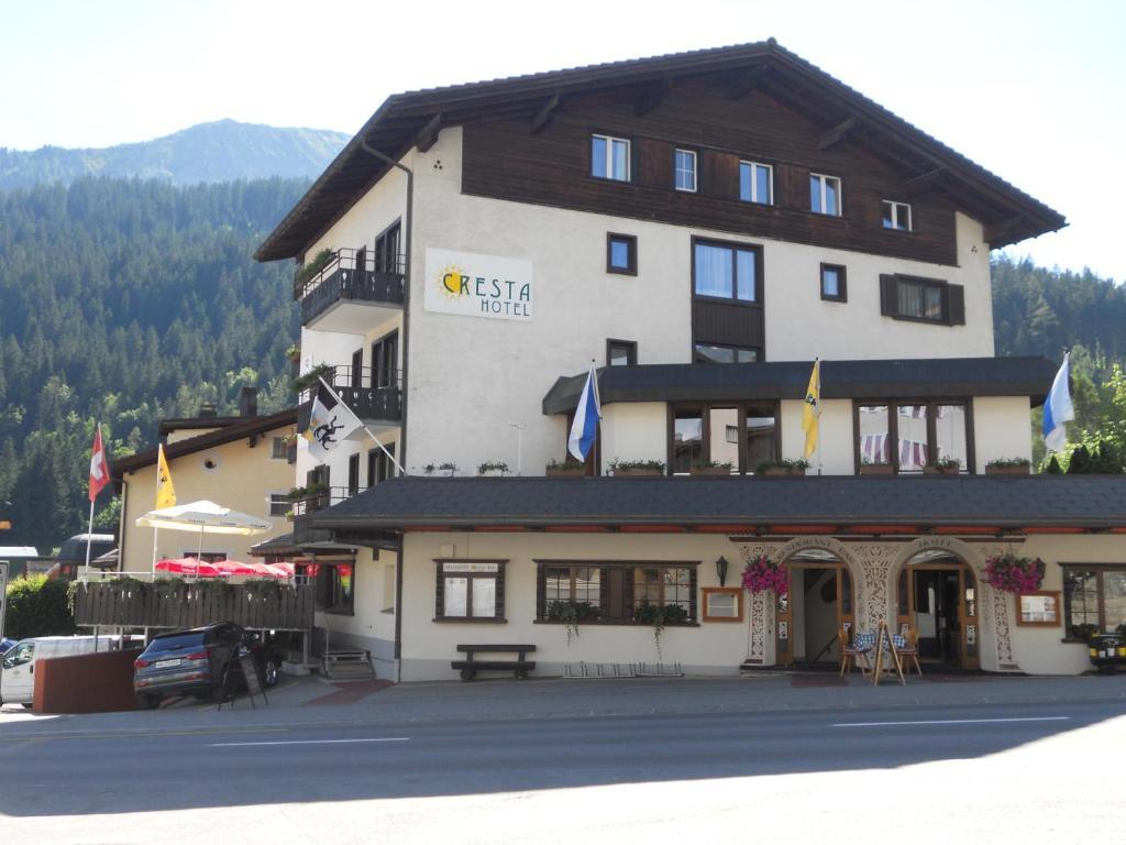L'établissement Cresta Hotel en hiver