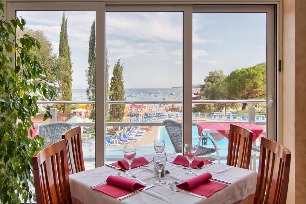 Hotel Mimosa - Maslinica Hotels & Resorts