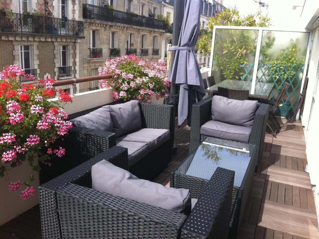 A balcony or terrace at Chambre d'Amis