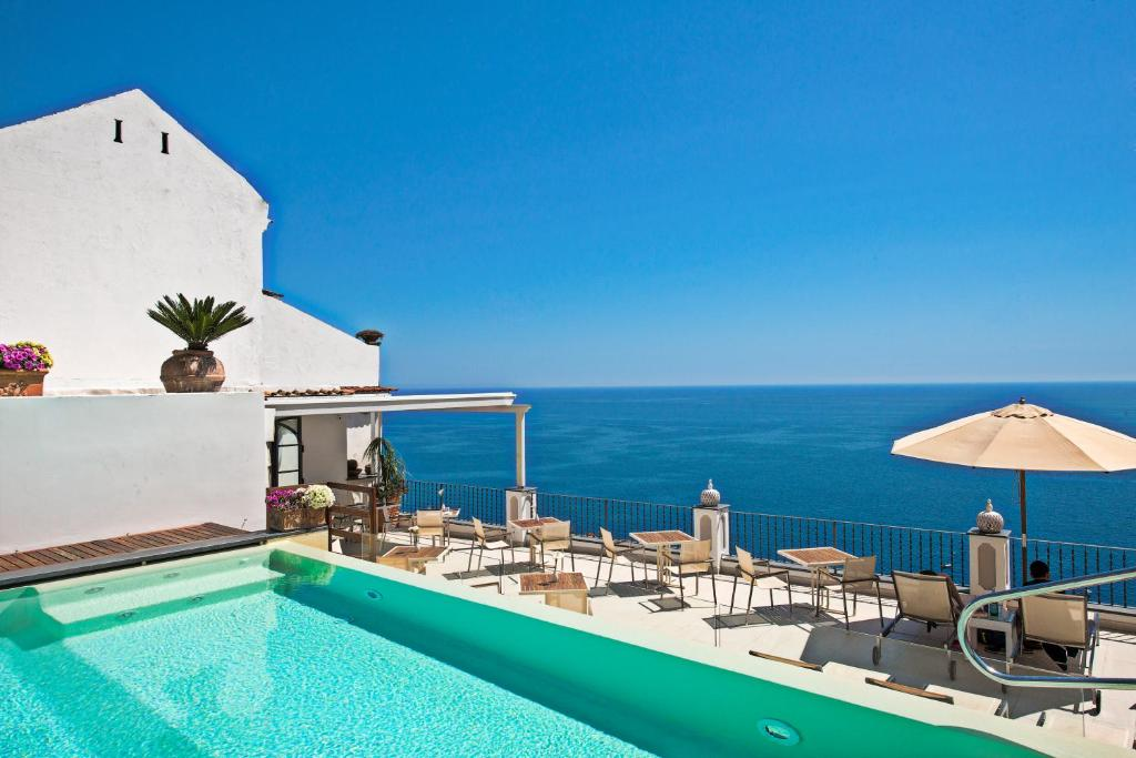 The swimming pool at or near Hotel Punta Regina