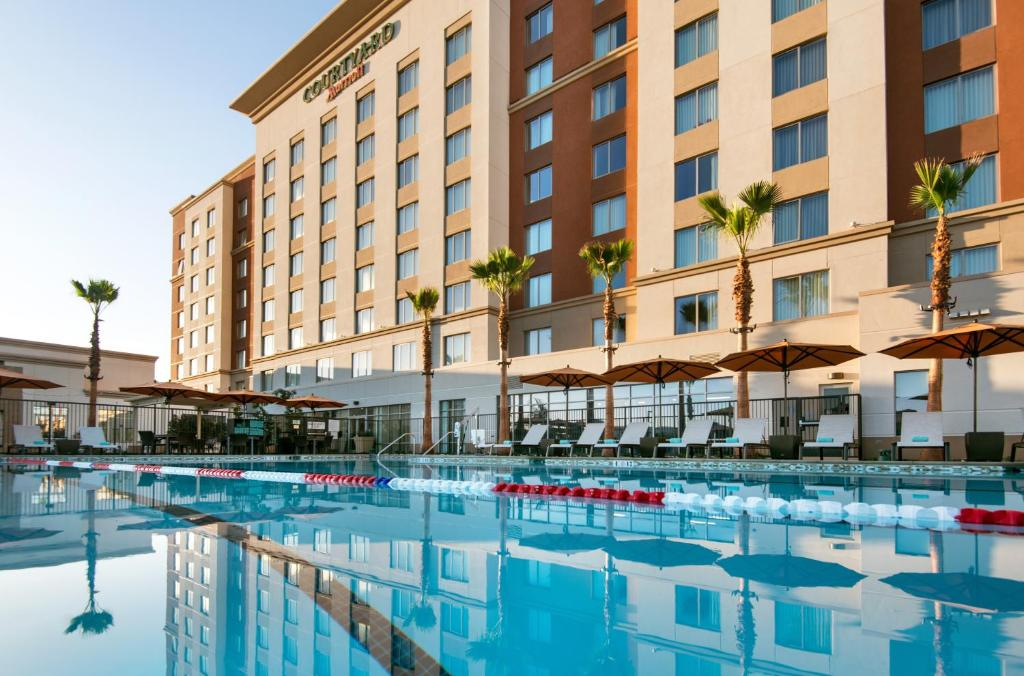 The swimming pool at or near Courtyard by Marriott Irvine Spectrum