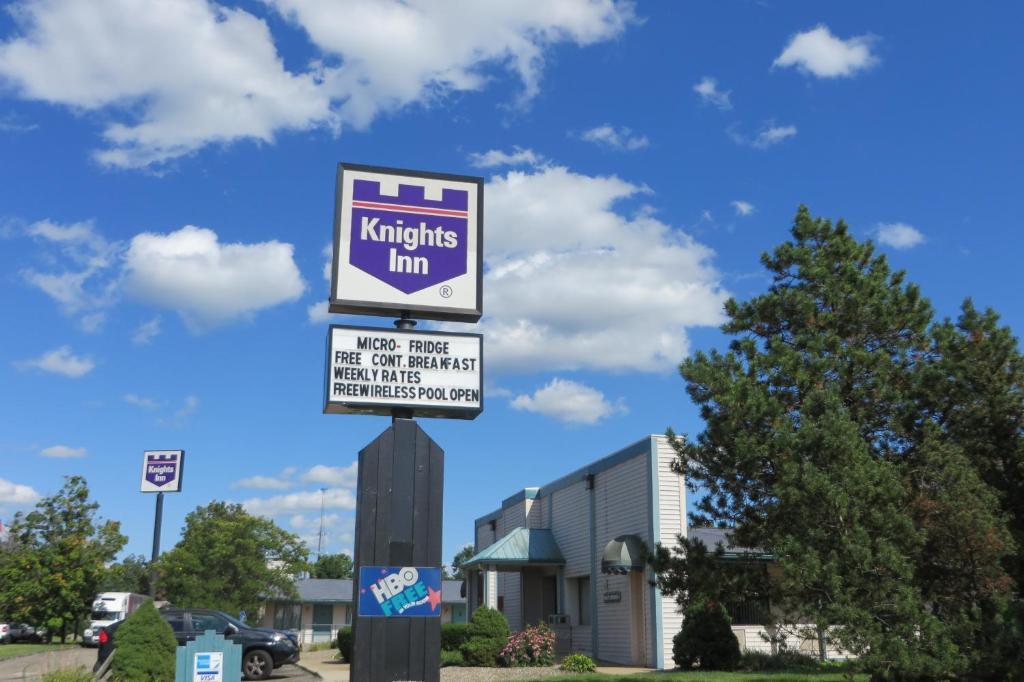 Knights Inn Canton