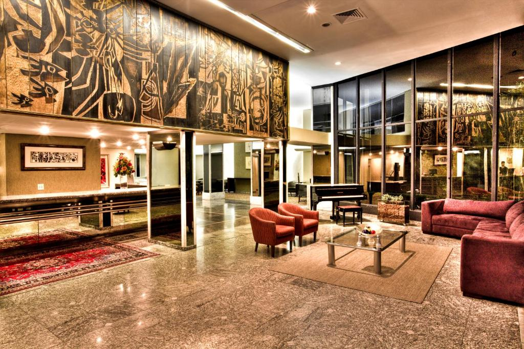 The lobby or reception area at Alta Reggia Plaza Hotel