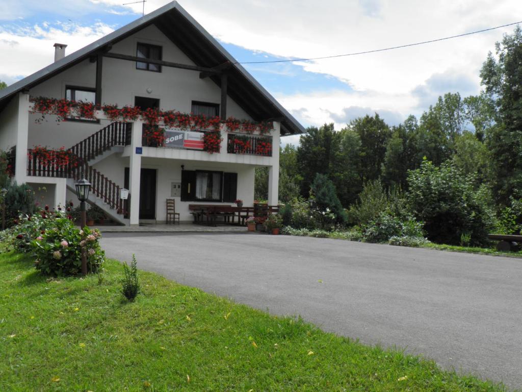 House Janja