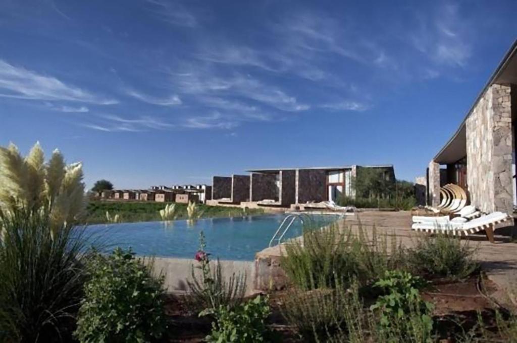 A piscina localizada em Tierra Atacama Hotel & Spa ou nos arredores