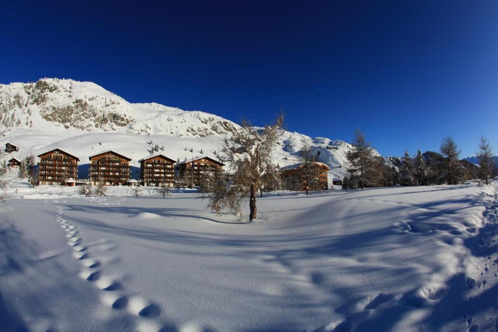 L'établissement Hotel Art Furrer en hiver