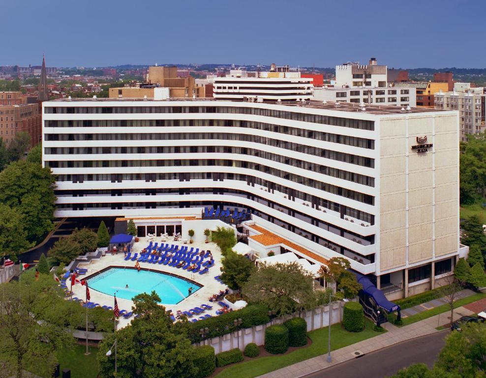 Uma vista aérea de Washington Plaza Hotel