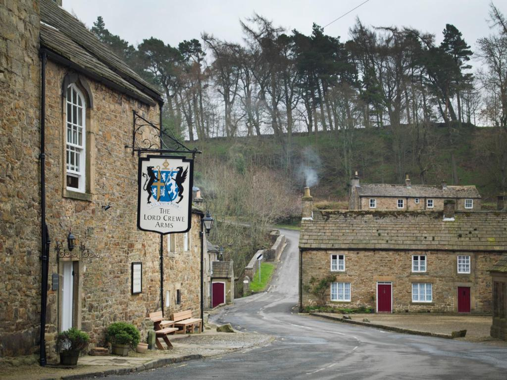 Lord Crewe Arms Blanchland during the winter