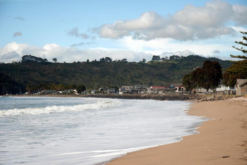 The Oceanside Motel