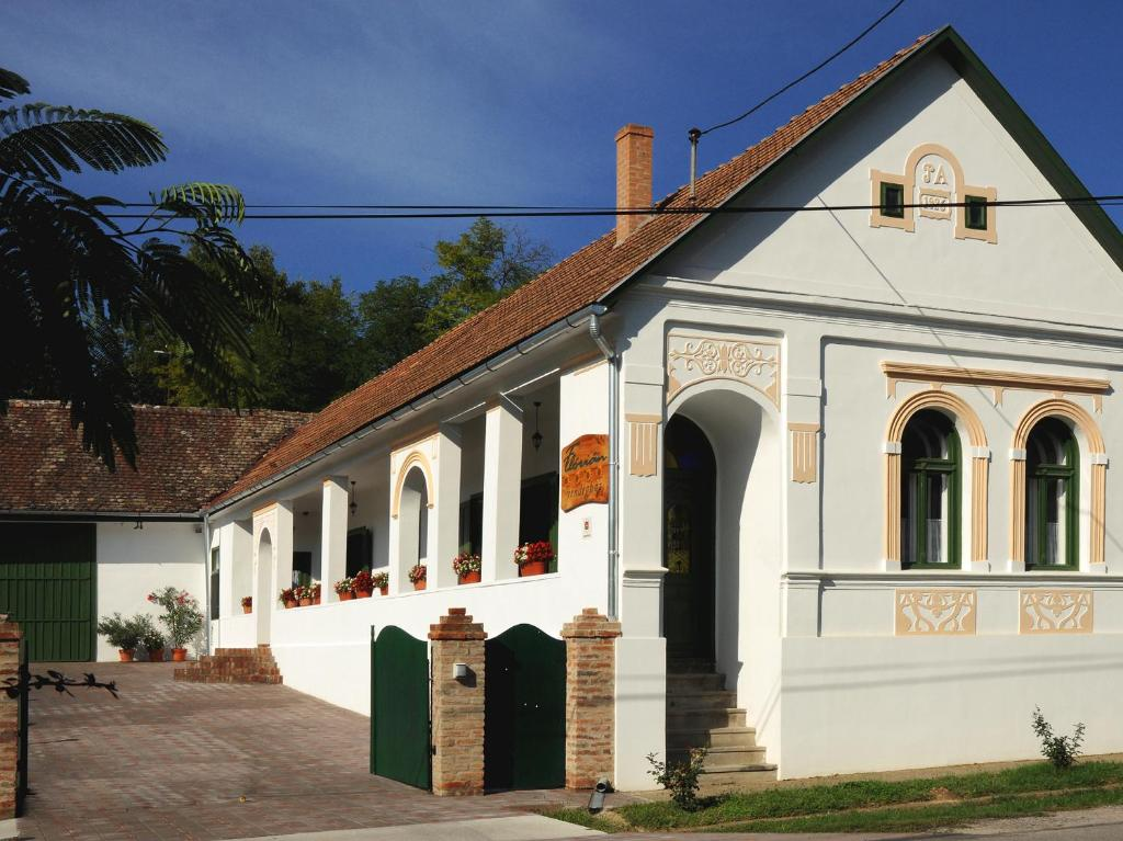 Flórián Vendégház