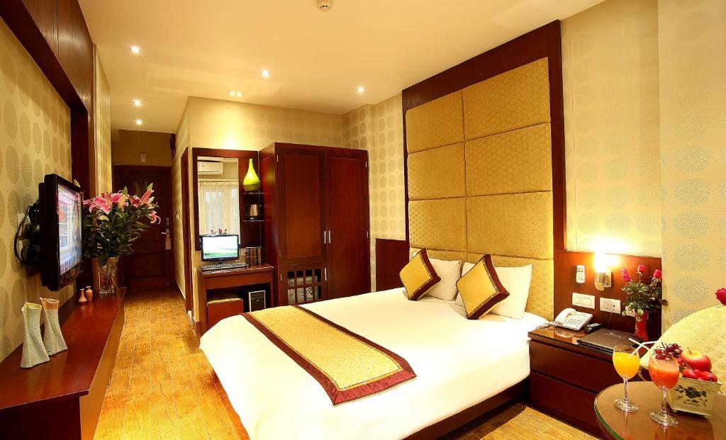 Phòng Deluxe Giường Đôi/2 Giường Đơn với Ban Công và Hướng Phố